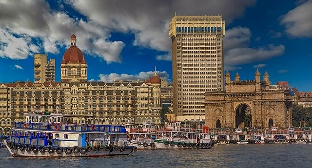 Describe a town or city where you would like to live in the future ielts cue card mumbai